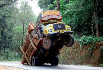 truck down1